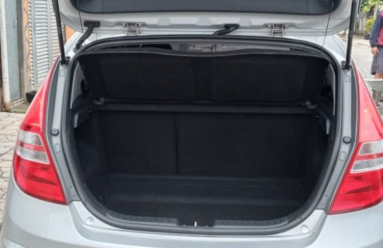 Hyundai i30 GLS 2.0 16V - Foto #7