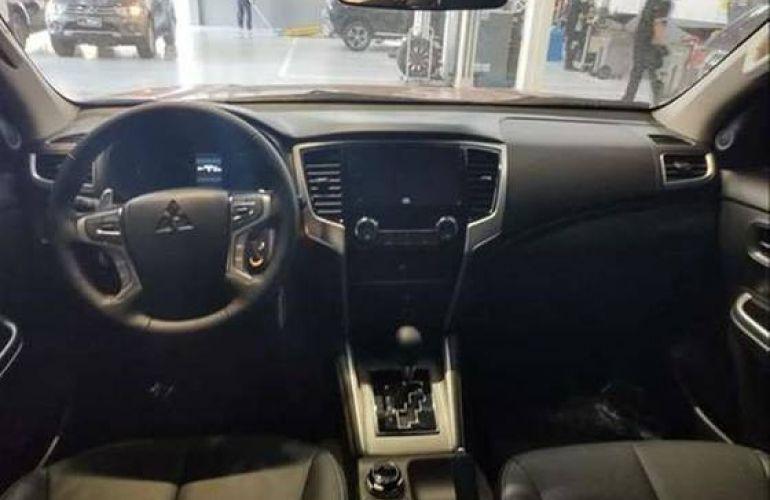 Mitsubishi L200 Triton 2.4 16V Turbo Sport Hpe CD 4x4 - Foto #6