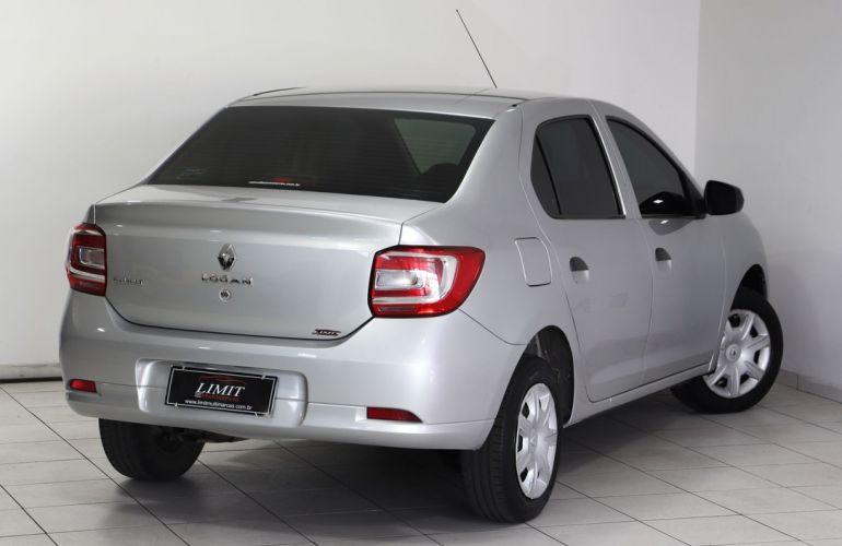 Renault Logan 1.0 Authentique Plus 16v - Foto #9
