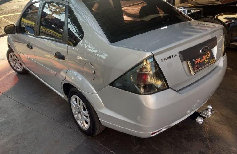 Ford Fiesta 1.6 Rocam Sedan 8v - Foto #3