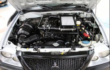 Mitsubishi L200 2.5 GL 4x4 CD 8V Turbo - Foto #4