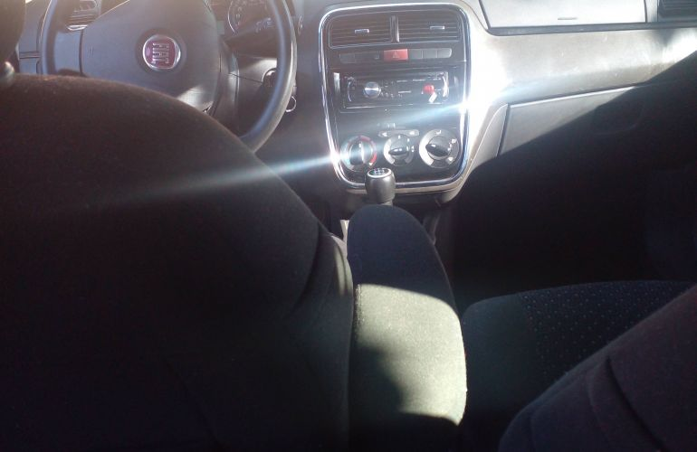 Fiat Punto HLX 1.8 (Flex) - Foto #7