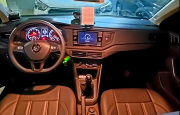 Volkswagen Virtus 1.6 MSI (Flex) - Foto #4