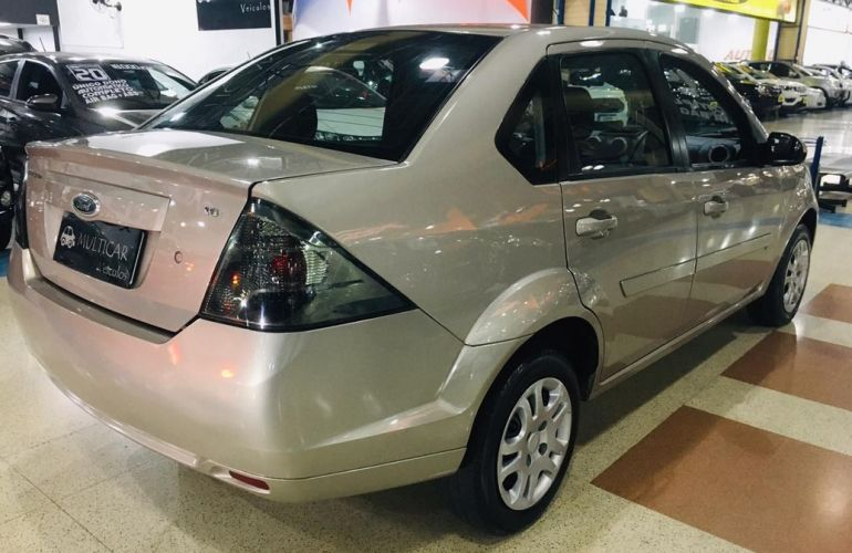 Ford Fiesta 1.6 Rocam SE Sedan 8v - Foto #10