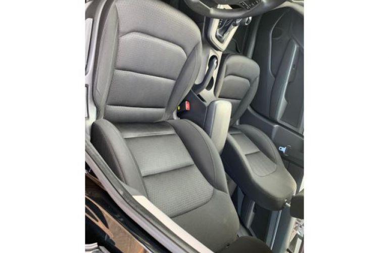 Hyundai Elantra Sedan GLS 2.0i 16V (Aut) - Foto #3