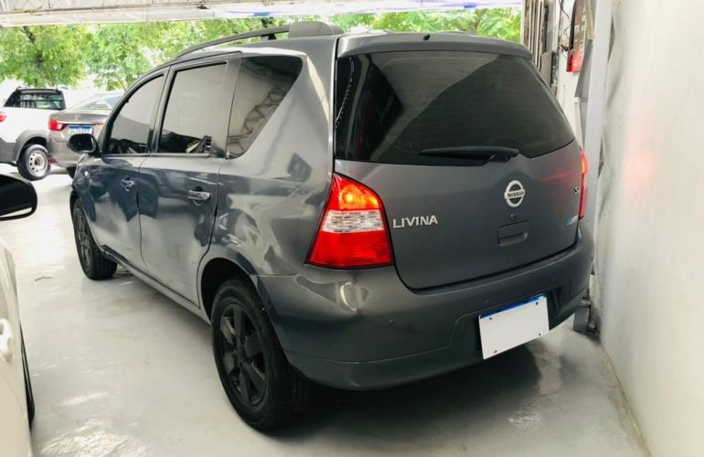 Nissan Livina 1.8 SL 16v - Foto #9