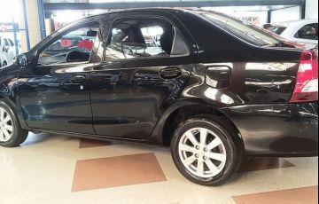 Toyota Etios 1.5 X Plus Sedan 16v - Foto #3