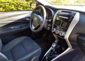 Toyota Yaris 1.3 XL CVT (Flex) - Foto #8