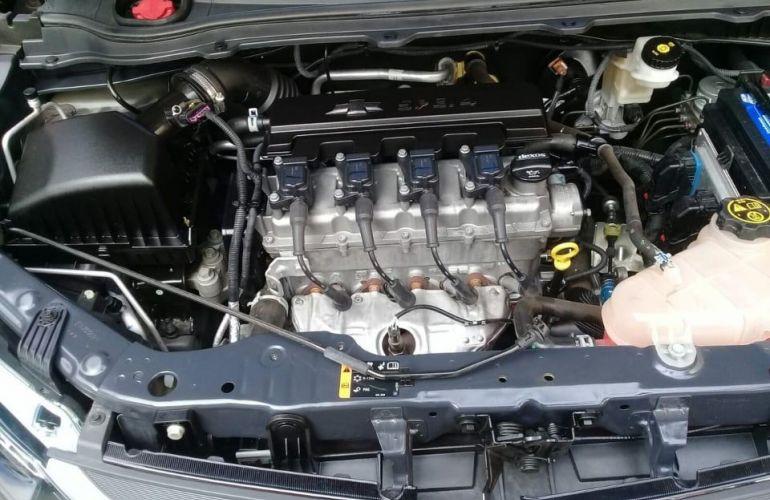Chevrolet Onix 1.4 MPFi Advantage 8v - Foto #7