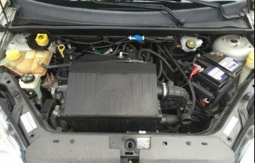Ford Fiesta Class 1.6 MPI 8V Flex - Foto #10