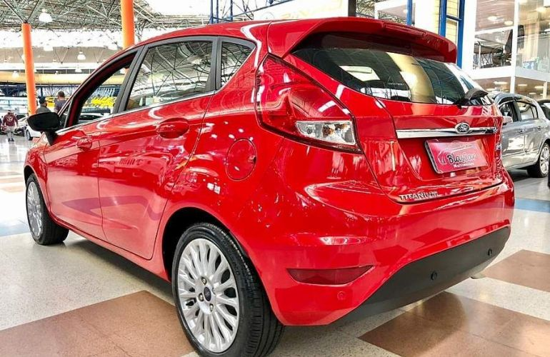Ford Fiesta 1.6 Tivct Titanium - Foto #6