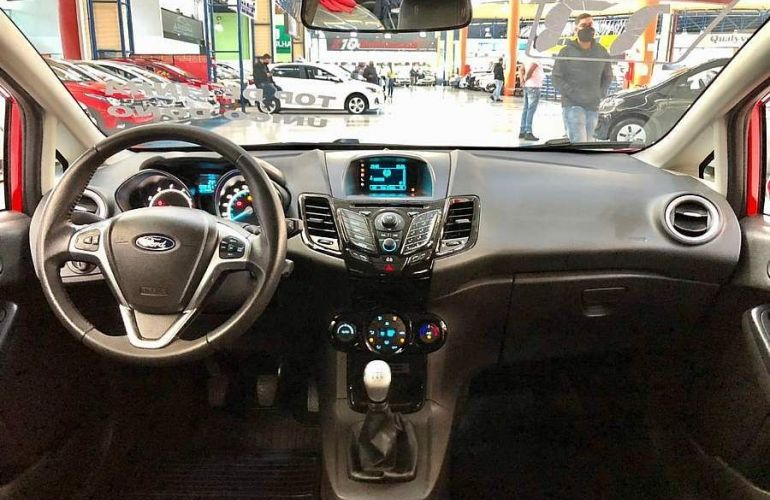 Ford Fiesta 1.6 Tivct Titanium - Foto #8