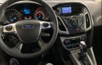 Ford Focus 2.0 SE Sedan 16v - Foto #8