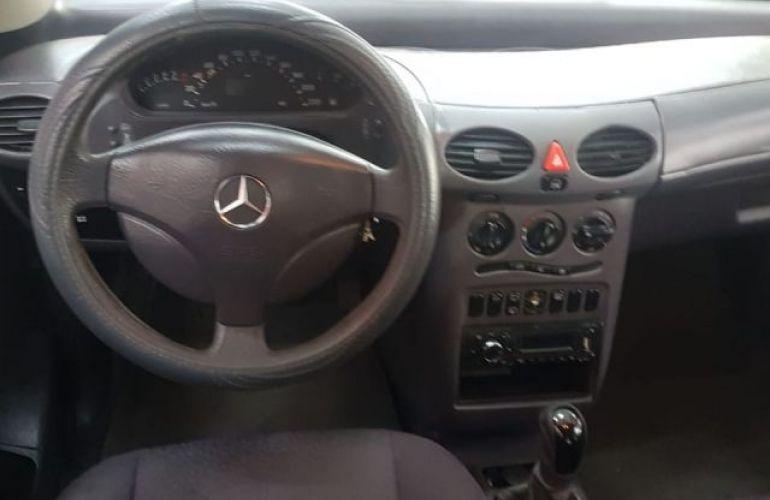 Mercedes-Benz Classe A 190 Avantgarde 1.9 - Foto #4