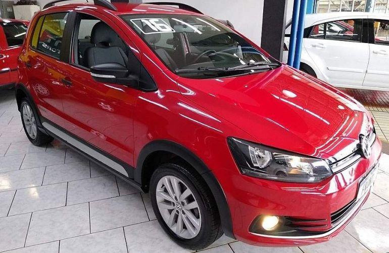 Volkswagen Fox 1.0 MPi Track 12v - Foto #1