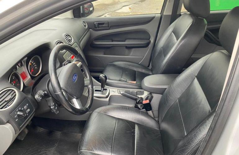 Ford Focus 2.0 Ghia Sedan 16v - Foto #9