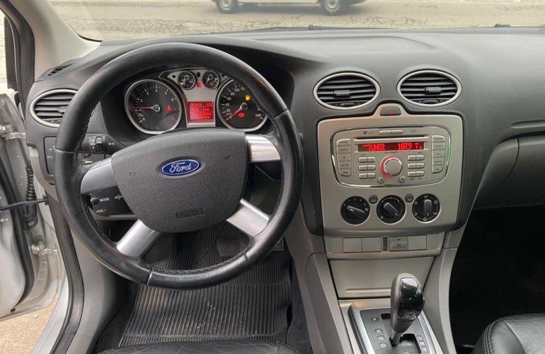 Ford Focus 2.0 Ghia Sedan 16v - Foto #10