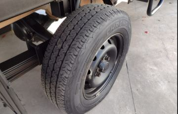 Hyundai Hr 2.5 Tci Hd Longo sem Caçamba 4x2 8V 97cv Turbo Intercooler