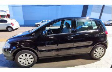Volkswagen Fox Plus 1.6 8V (Flex) - Foto #2