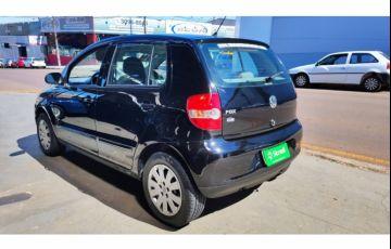 Volkswagen Fox Plus 1.6 8V (Flex) - Foto #3