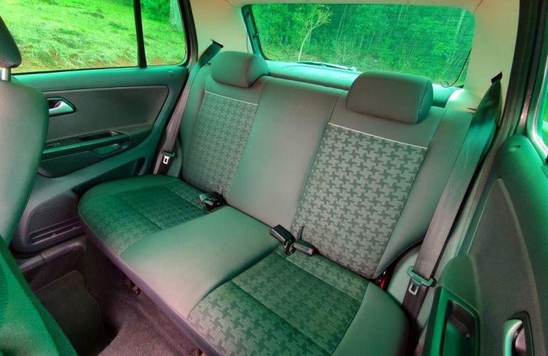 Volkswagen Fox 1.6 MSI Comfortline (Flex) - Foto #9
