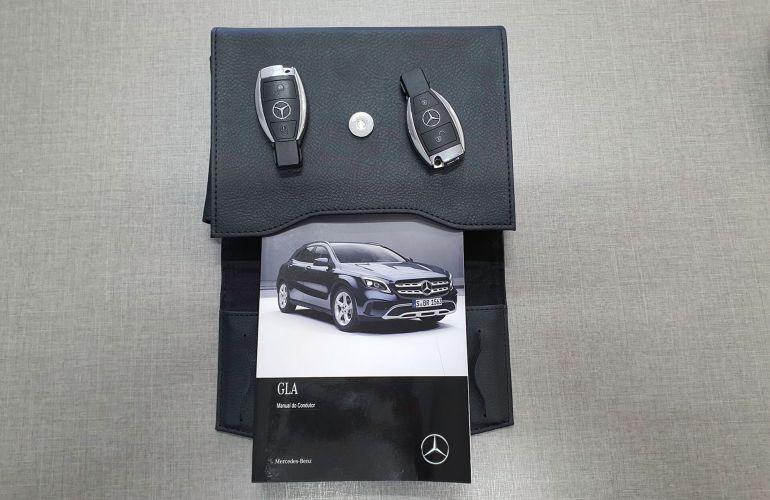Mercedes-Benz GLA 200 Advance - Foto #10