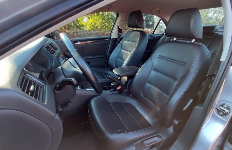 Volkswagen Jetta 2.0 Comfortline Tiptronic (Flex) - Foto #8