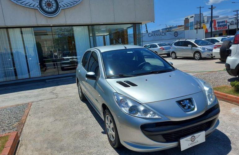 Peugeot 207 1.4 Xr 8v - Foto #3