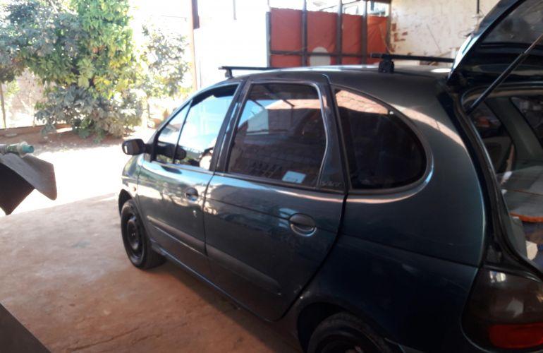 Renault Scénic RT 1.6 16V - Foto #2