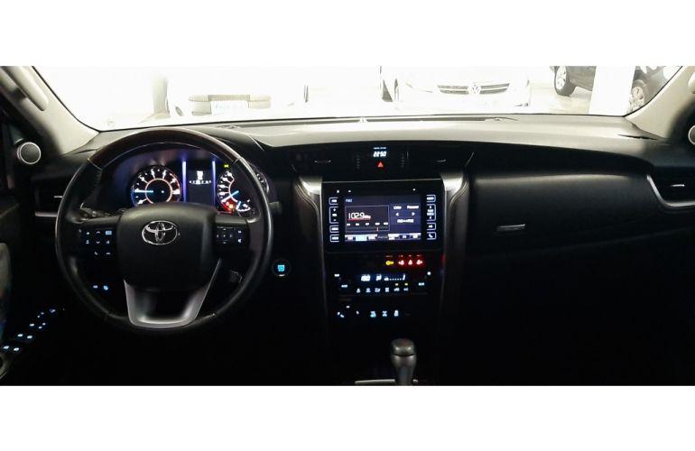 Toyota SW4 2.8 TDI SRX 5L 4x4 (Aut) - Foto #8