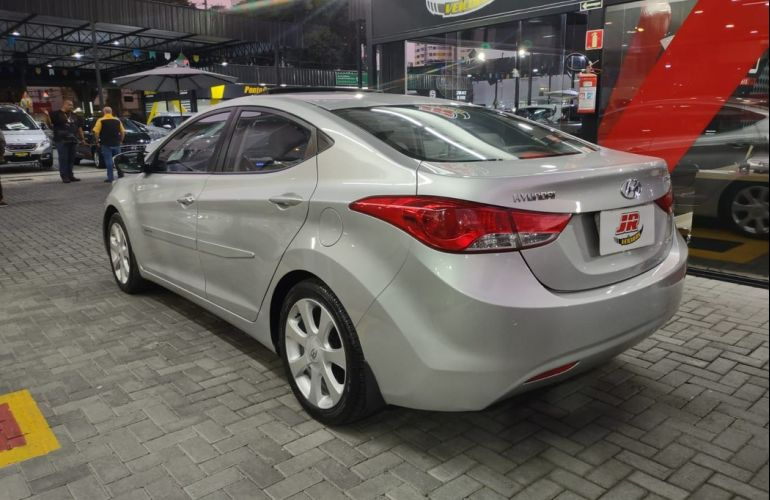 Hyundai Elantra 1.8 GLS 16v - Foto #4