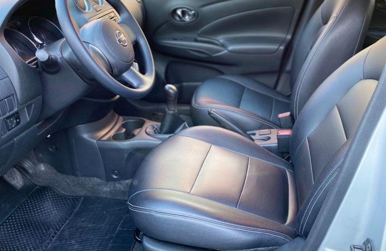 Nissan Versa 1.6 SL 16v - Foto #7
