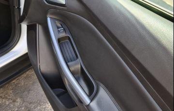 Ford Focus 2.0 Titanium Plus Sedan 16v - Foto #10