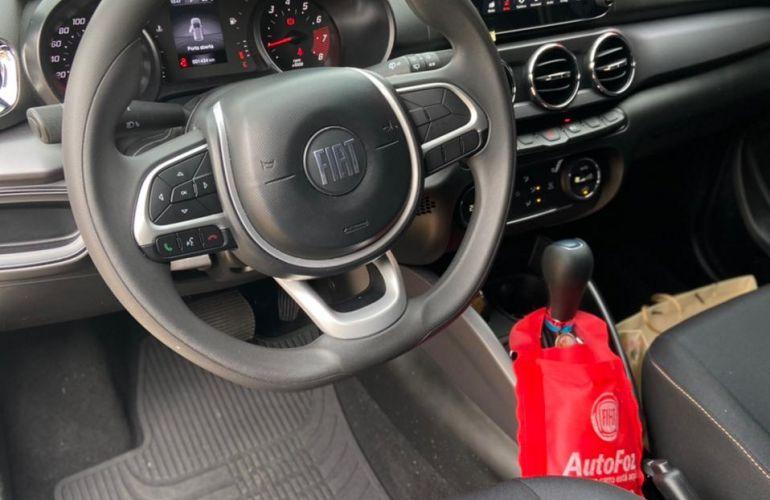 Fiat Argo 1.8 Trekking (Aut) - Foto #6