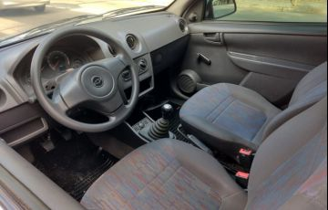 Chevrolet Celta 1.0 MPFi Life 8v - Foto #8