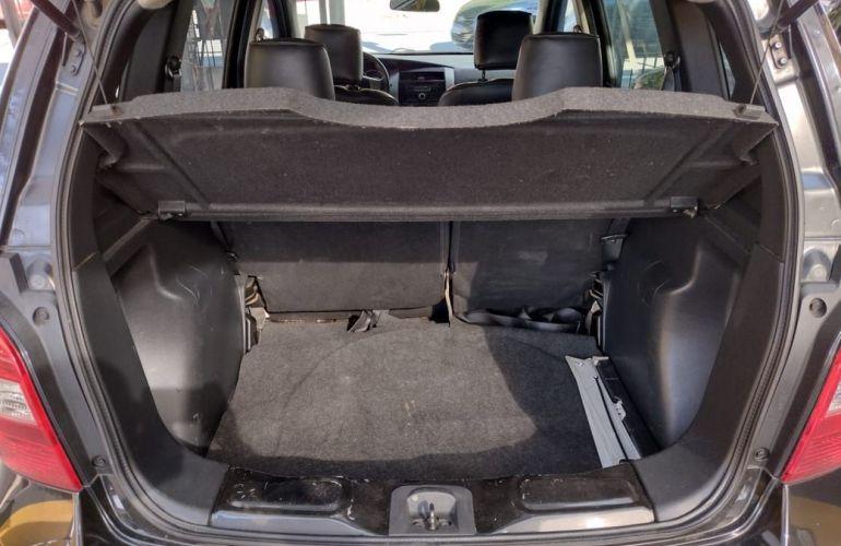 Nissan Livina 1.8 SL X-gear 16v - Foto #10