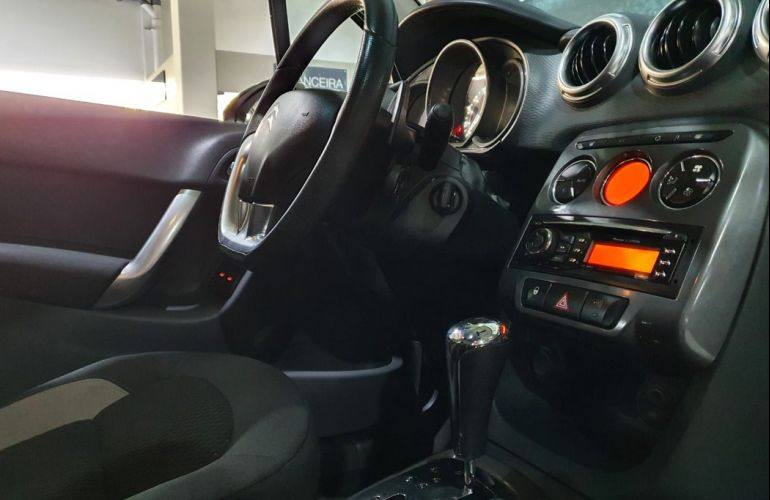 Citroën C3 1.6 Exclusive 16v - Foto #5