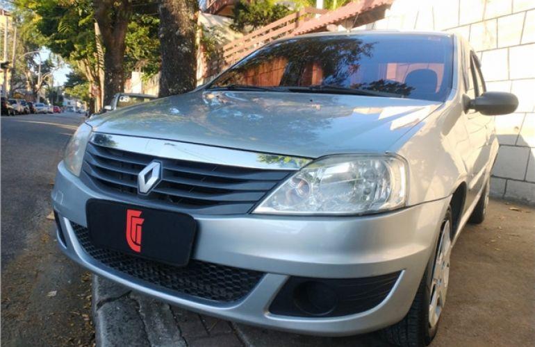 Renault Logan 1.6 Expression 8V Hi-flex 4p Manual - Foto #3