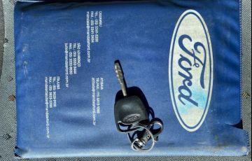 Ford Courier 1.6 L 8v - Foto #10