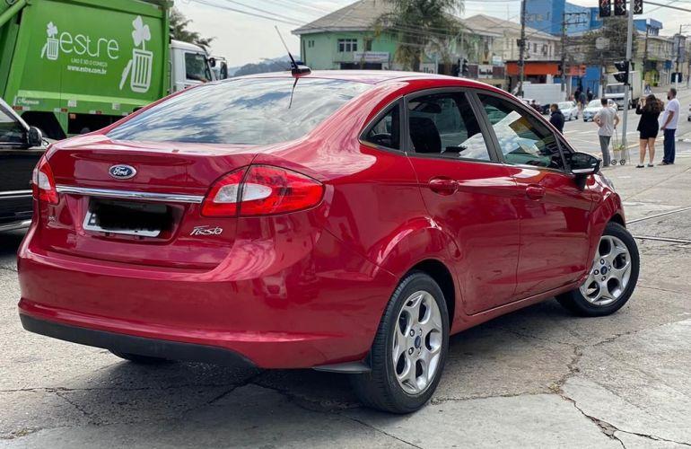 Ford Fiesta 1.6 SE Sedan 16v - Foto #2