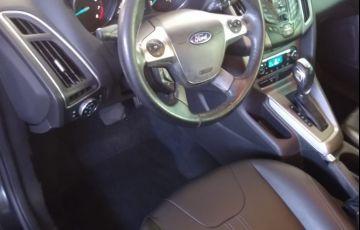 Ford Focus 2.0 SE Hatch Plus 16v - Foto #5