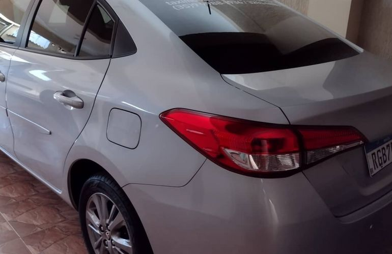 Toyota Yaris Sedan 1.5 XL Plus Connect CVT - Foto #4