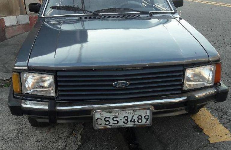 Ford Belina 1.6 - Foto #1