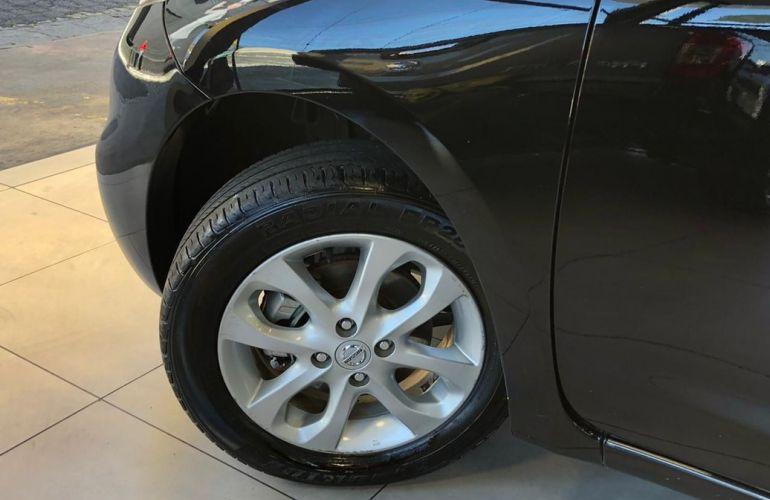 Nissan March 1.0 SV 12v - Foto #10