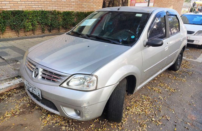 Renault Logan Privilège 1.6 16V (flex) - Foto #9