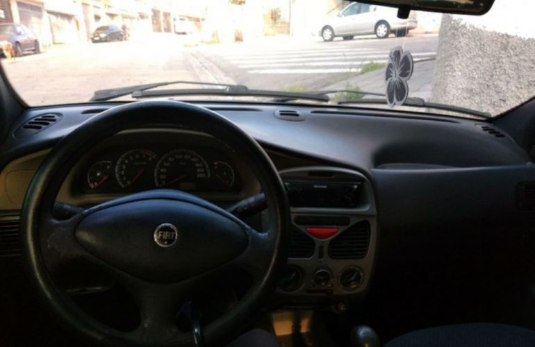 Fiat Palio ELX 1.0 16V Fire (25 anos) - Foto #1
