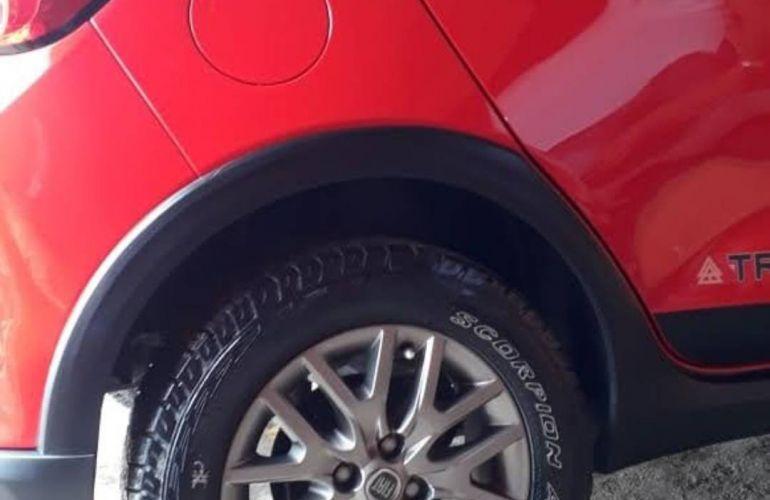 Fiat Argo 1.3 Trekking - Foto #1