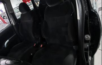 Citroën C3 1.4 I Exclusive 8v - Foto #8