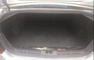 Ford Fiesta Sedan 1.6 (Flex) - Foto #5