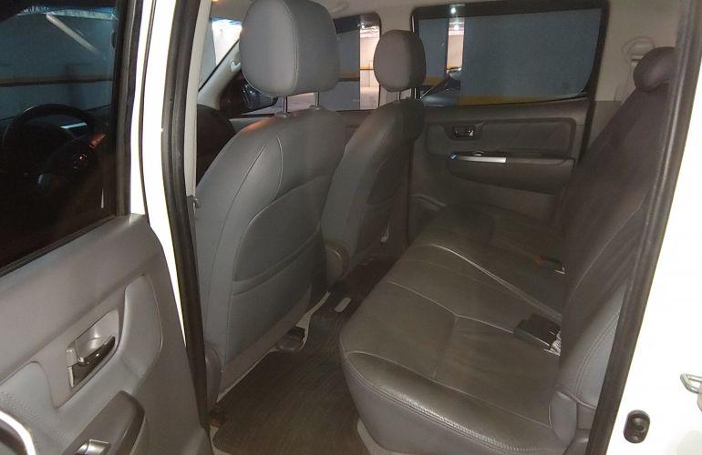 Toyota Hilux 2.7 SRV CD 4x2 (Flex) (Aut) - Foto #3